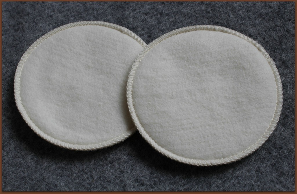 100% merino wool nursing pads from LANACare
