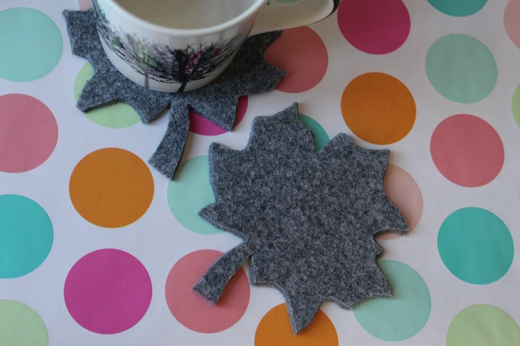 scandimummy_felt_coasters_and_mug