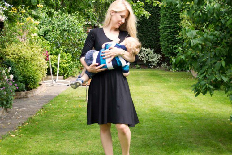Black breastfeeding dress from UK brand Stylish Mamas