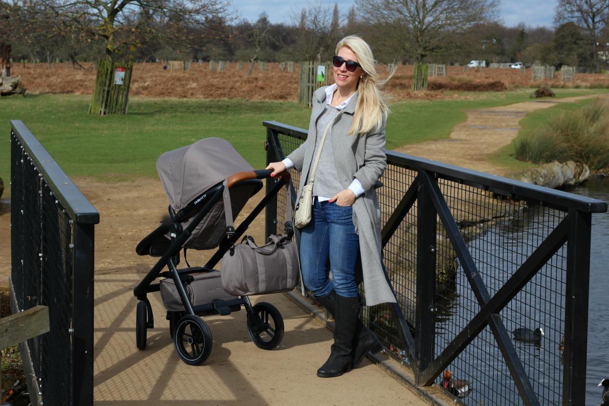 The Dubatti One on a walk in Bushy Park