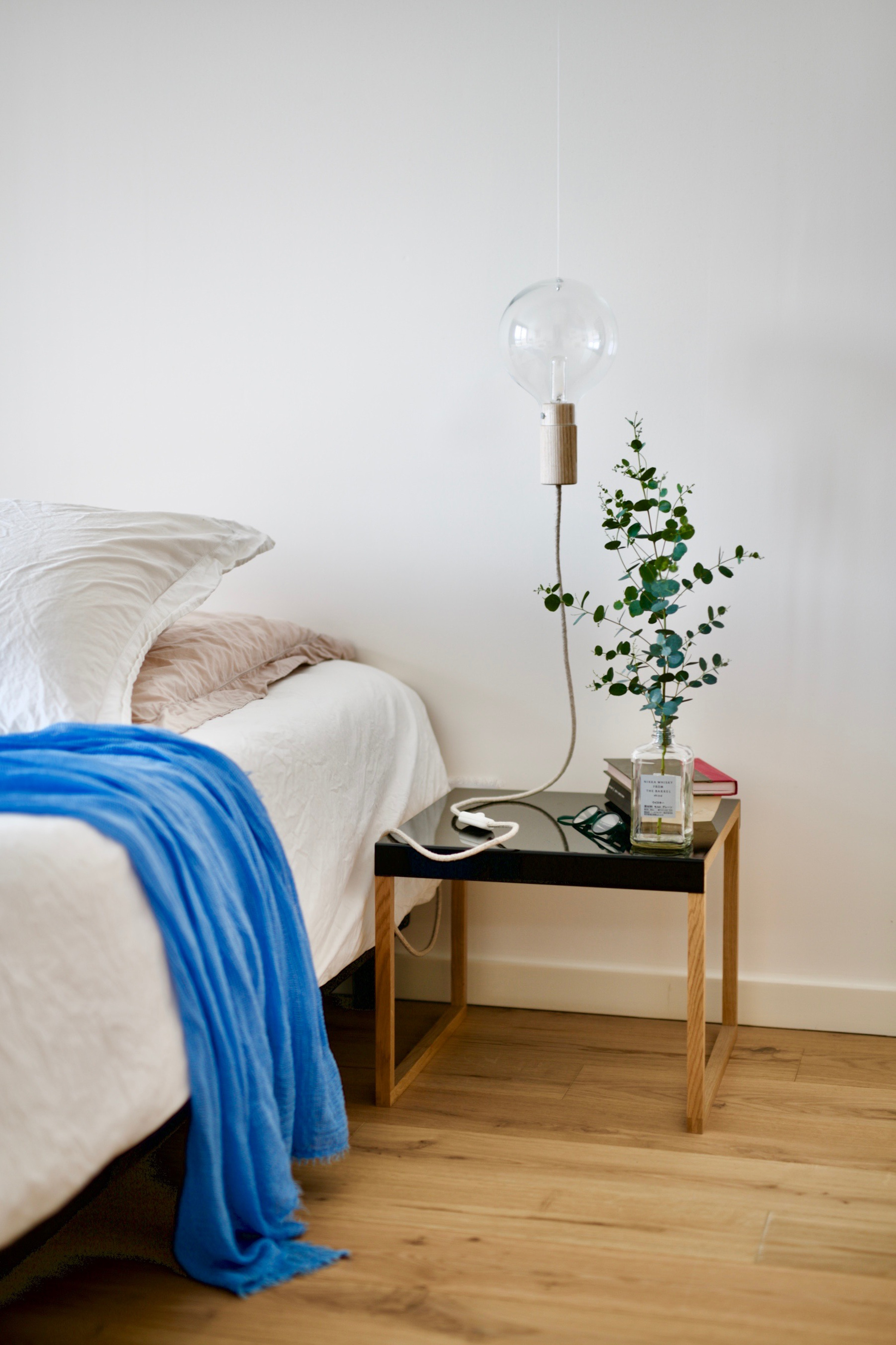 Get that clean feel with six simple steps on how to refresh your bedroom this spring